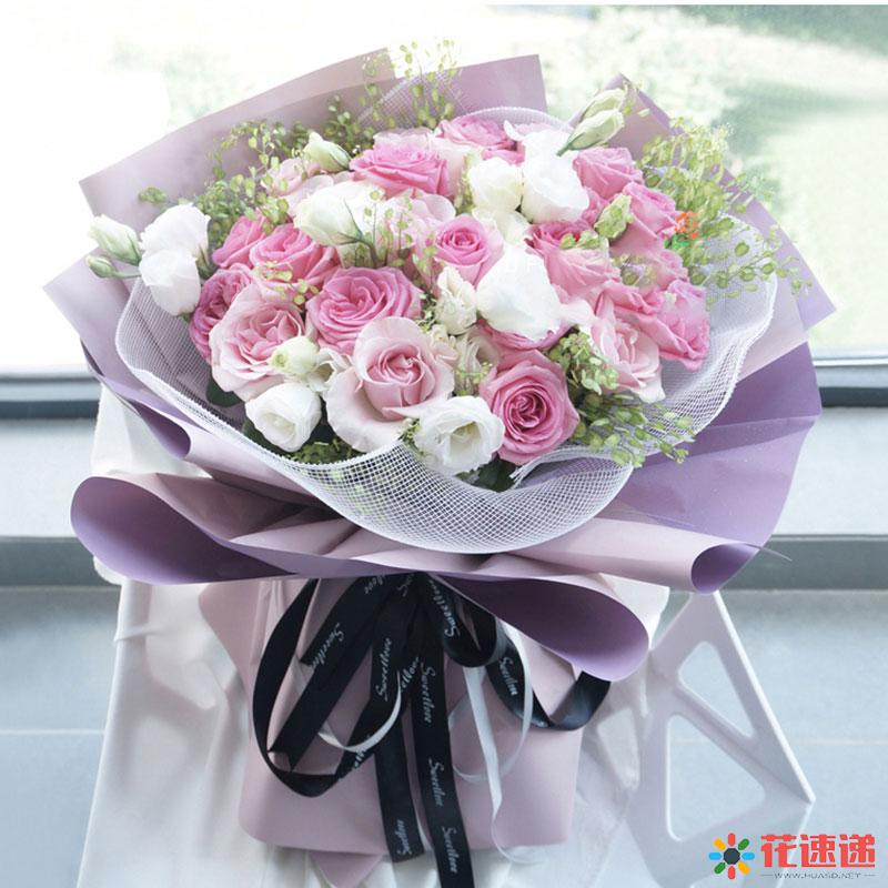 因为爱情_13枝戴安娜,12枝粉佳人,白色洋桔梗,翠扇