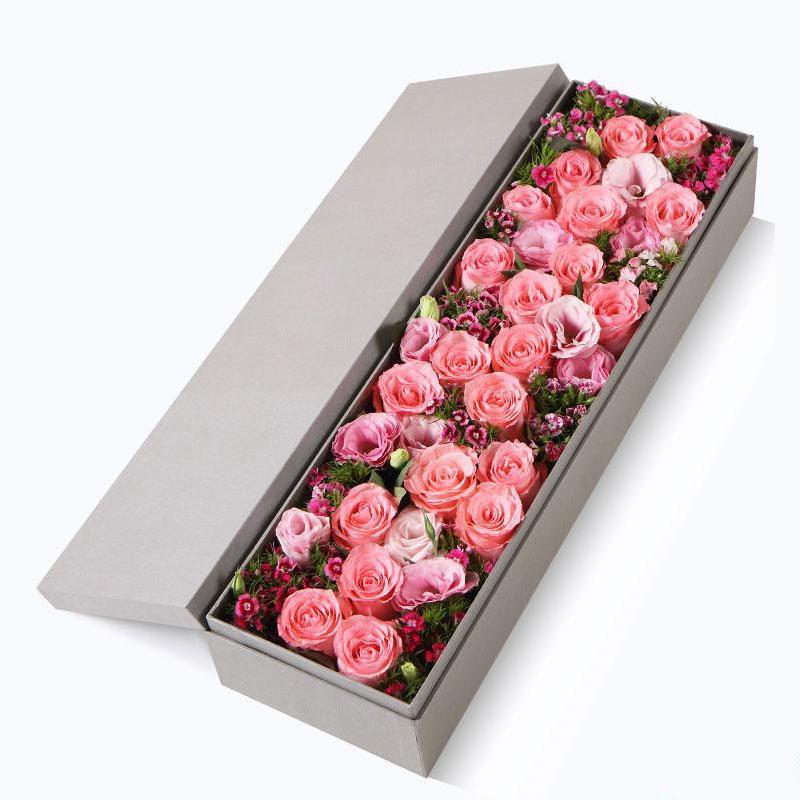 钟情于你_戴安娜粉玫瑰21枝,粉色桔梗5枝,石竹梅7枝