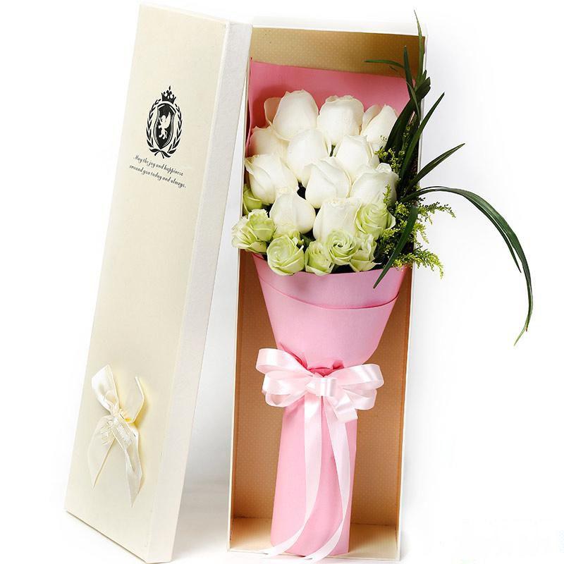 要你幸福_11枝精品白玫瑰,搭配适量浅绿色洋桔梗、书带草、黄莺