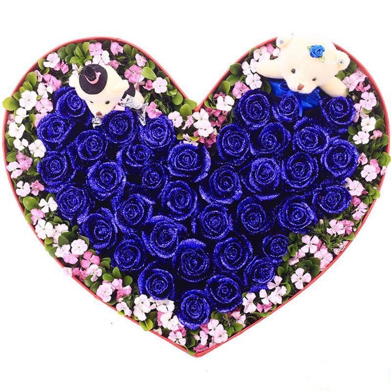 为你倾心_33枝精品蓝色妖姬,2枝可爱小熊,搭配适量相思梅