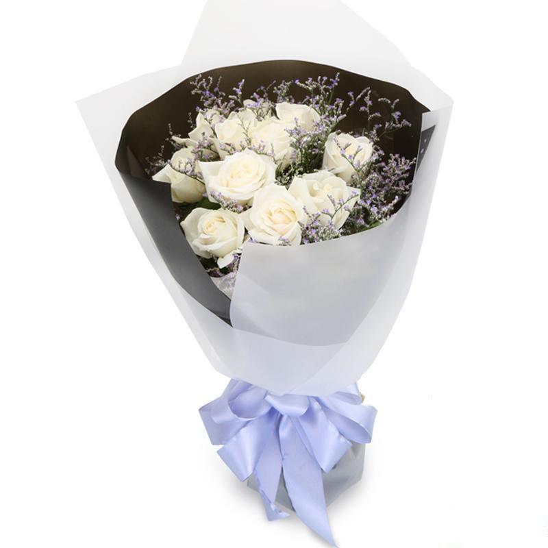 甜蜜约定_11枝精品白玫瑰,搭配适量情人草