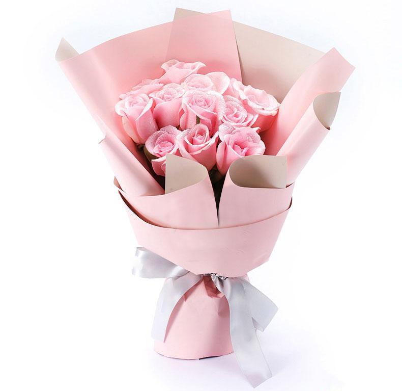 不变的心_11枝精品粉玫瑰,搭配适量情人草装饰